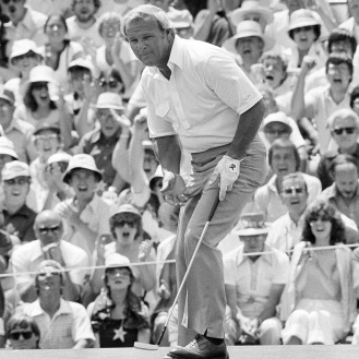Arnold Palmer birdies 18 at Cherry Hills during the 1978 U.S. Open. (AP Photo)