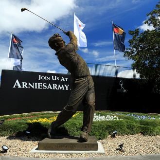 The new Arnold Palmer statue sits by the first tee at Bay Hill in 2017. (Richard Heathcote/Getty Images)