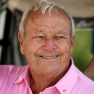 Arnold Palmer was always quick with a smile. (File)