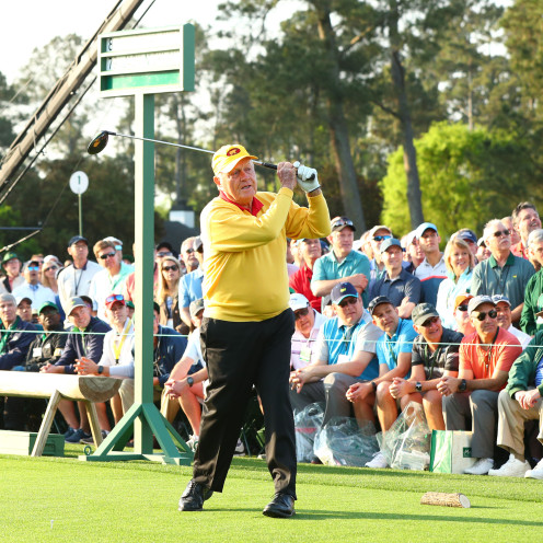 Honorary starter Jack Nicklaus hits a ceremonial tee shot at the 2019 Masters. (Rob Schumacher/USA TODAY Sports)