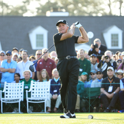 Gary Player of South Africa plays his shot from the first tee during the First Tee ceremony to start the first round of the Masters at Augusta National Golf Club on April 11, 2019 in Augusta, Georgia. (Andrew Redington/Getty Images)
